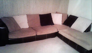 Gros sofa sectionnel