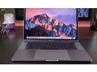 Apple Mac Book Pro 15 inch LIKE NEW