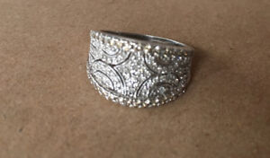 Women's 10KT white gold and diamond ring