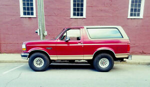 1994 Ford Bronco, No rust.  Clean unit
