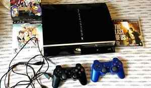 PS3 PHAT 150GB COMME NEUF - 2 MANETTES SANS FIL