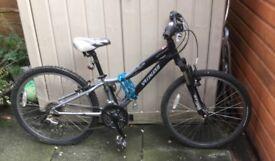 """Specialized Hotrock 24"""" 21 gear jr bike"""