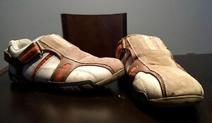 Voyager shoes