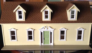 Heirloom quality new dollhouse Kitchener / Waterloo Kitchener Area image 1