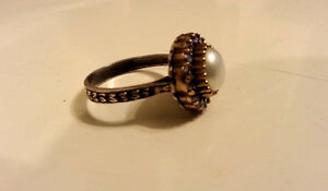 NEW SOLID 925 STERLING SILVER TULIP FRESH WATER PEARL TOPAZ Ring Cambridge Kitchener Area image 4