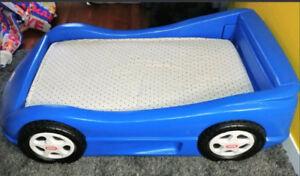LIT TRANSITION VOITURE AUTO COURSE LITTLE TIKES POUR ENFANT