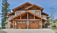 New Luxury 4000' Big White Chalet Perfect Location