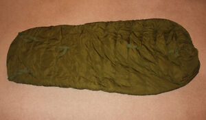 Canadian extreme cold weather sleeping bag - excellent shape