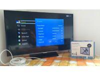 Samsung 32 inch Full HD 1080p LED SMART TV + Wall mount