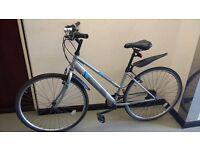 "Shimano Apollo Hybrid 28"" (700C) Lightweight, ladies man adult bike £75"