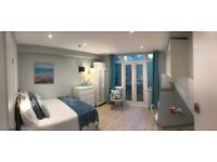 Newly Refurbished Self Contained Studio With Private Patio Garden