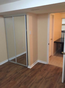 One bedroom apartment - Britania and Creditview