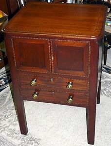 Georgian Period Antique Mahogany 2 Drawer Cabinet Kingston Kingston Area image 6