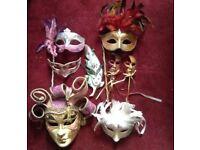 7x Venetian masks