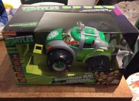 B/NEW turtles radio control car r.r.p £54.99