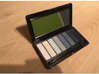 No7 smokey eye shadow palette