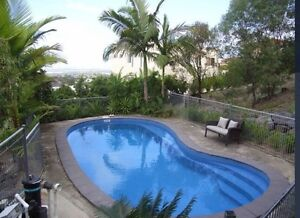 Need a house sitter and dog sitter Highland Park Gold Coast City Preview
