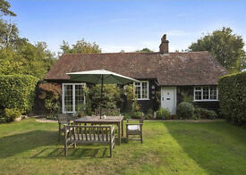 Idyllic 3 bed cottage to rent in Surrey Hills near Dorking - Short term let
