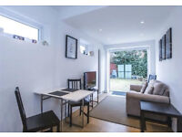 Lovely well decorated modern flat in Bounds Green near station ground floor garden flat