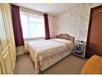 Lovely double room in Edgware burnt oak