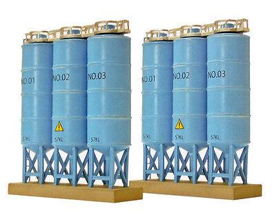 Tomytec (Komono 113) Bulk Tank B (Triple Upright Bulk Tanks) 1/150 N scale