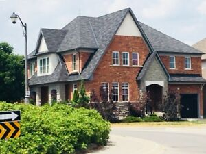 Oshawa Executive House Home for Short Term Rent Lease !!