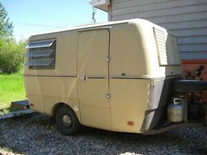 Looking for small 13ft-14ft camper trailer
