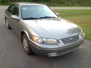 1997 Toyota Camry FOR PARTS OR FIXING