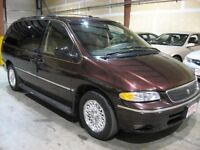 MINIT CONDITION fully loaded Minivan, Van For Sale!