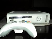 XBOX 360 White, 60 GB + 4 games