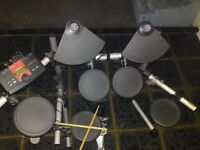 Yamaha DTX Explorer ,electronic drum kit .Ideal for gigs ,quiet practice or recording .