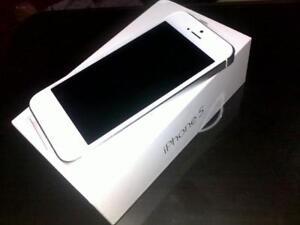Apple White iPhone 5 (Unlocked)
