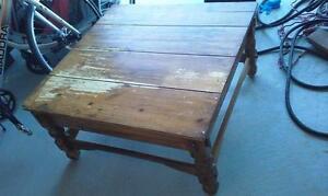 table de salon rustique