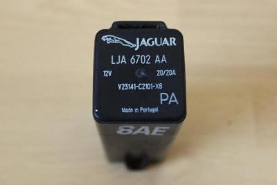 RADIATOR COOLING FAN RELAY / CONTROL MODULE - Jaguar XJ8 XJR XK8 XKR 1996-2002