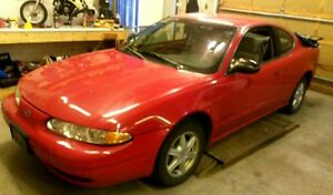 2002 Oldsmobile Alero 2dr Coupe (2 door)