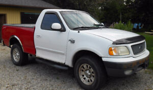 Reduced 2001 Ford F-150 Pickup Truck 4 x 4