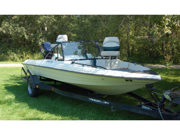 Used 1994 Stratos Boat Co 270FS