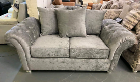 Chesterfield style 3 and 2 seater sofa set.