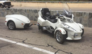 2012 Can Am Spyder RT Limited with trailer