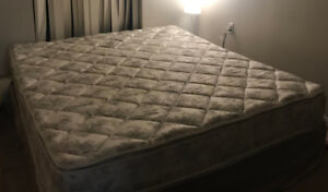 California King Bed - Amazing Condition - MUST GO ASAP