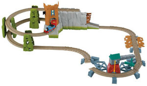 **AS NEW** Thomas and friends castle quest set