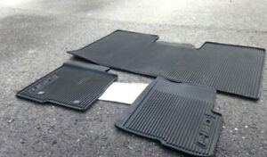 ford f150 2009 a 2014-tapis hivers ford.$40.00.