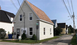 2 bdrm Main Floor of House - Available Immediately