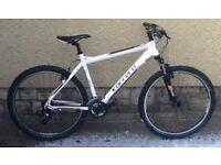 "Bike/Bicycle. GENTS CARRERA "" VALOUR "" LIGHTWEIGHT MOUNTAIN BIKE"