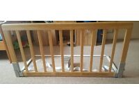 BabyDan Wooden Bed Guard Rail - IP4