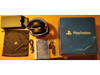 Sony Playstation Wireless Stereo Headset 2.0 + bluetooth keyboard