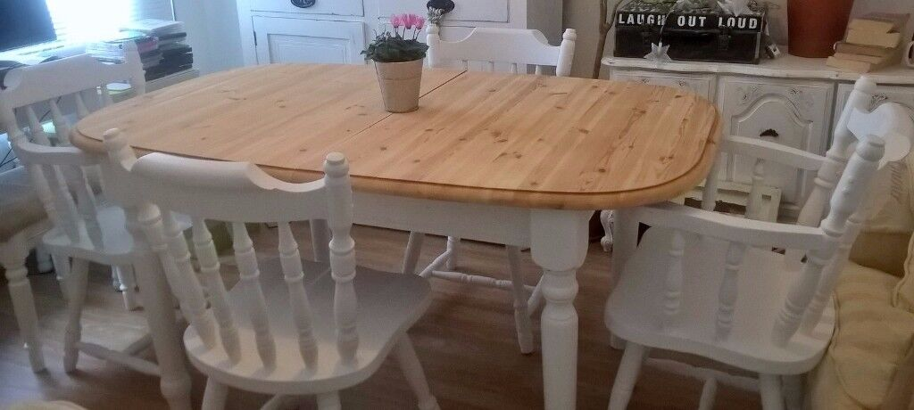SOLID PINE EXTENDING TABLE WITH 4 CHAIRS FREE DELIVERY
