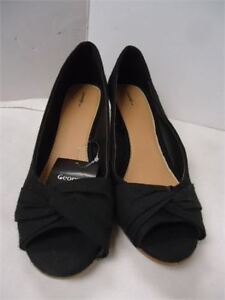 Ladies George Shoes- size 9 brand new only 5.oo black