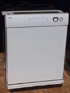 Lave-vaisselle Asko D3121