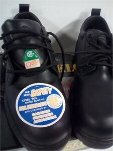 steal toe shoes csa just like new 30 only worn 1 time size11